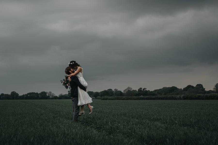 Real couple Daniel & Lorena Essex countryside boho wedding ideas (23)