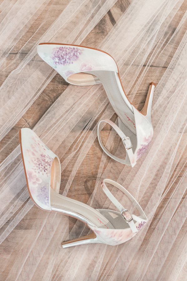 Classic rose wedding inspiration with a contemporary twist, image credit Suzy Elizabeth Photography (9)