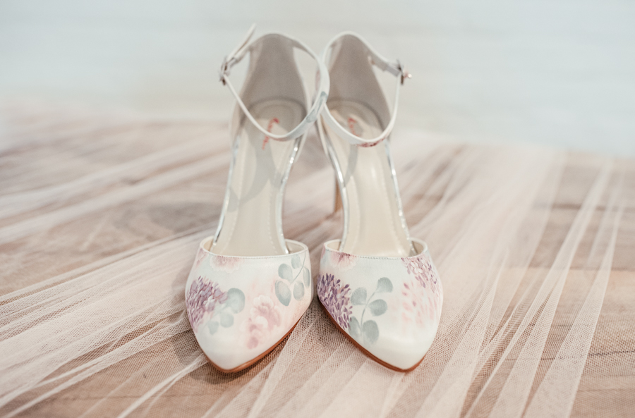 Classic rose wedding inspiration with a contemporary twist, image credit Suzy Elizabeth Photography (10)