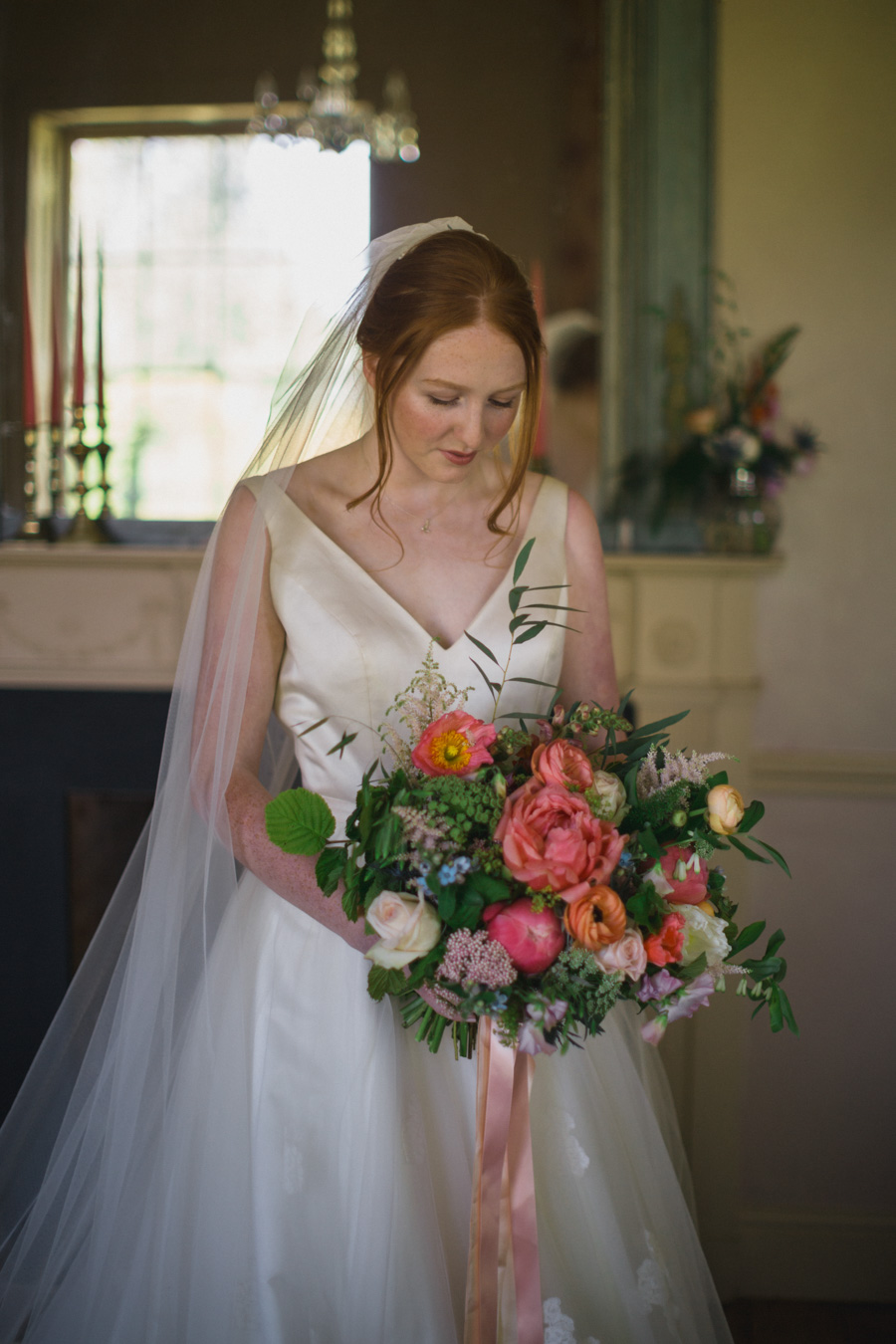 Divine wedding styling with English country garden florals at Pauntley Court, photo credit Red Maple Photography (8)