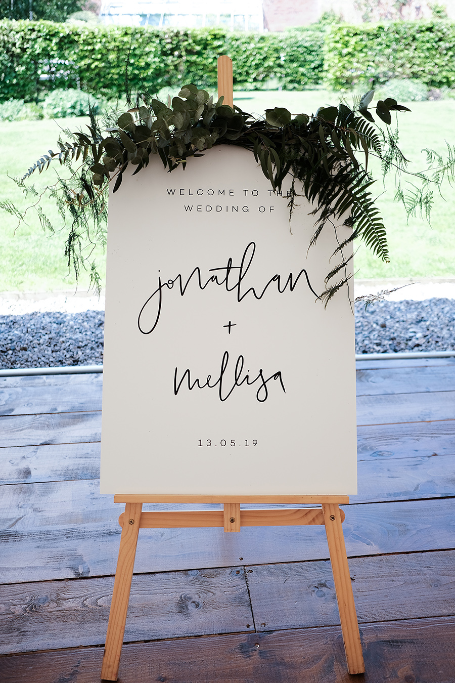 Rustic boho marquee wedding style, image credit James Kemp Photography on English-Wedding.com (11)