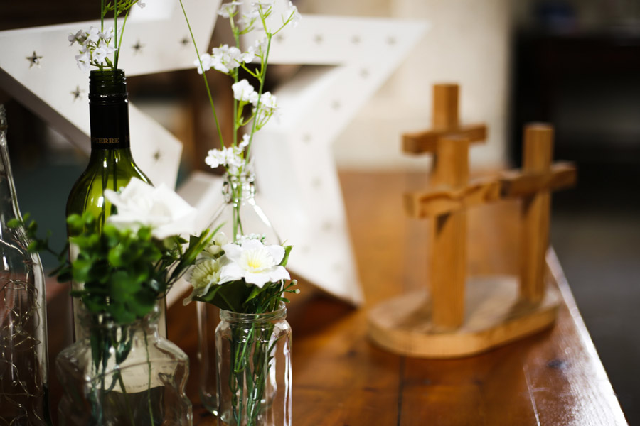 Jade and Carl surprised their christening guests with a WEDDING! Images by Anoif Photography on English-Wedding.com (2)