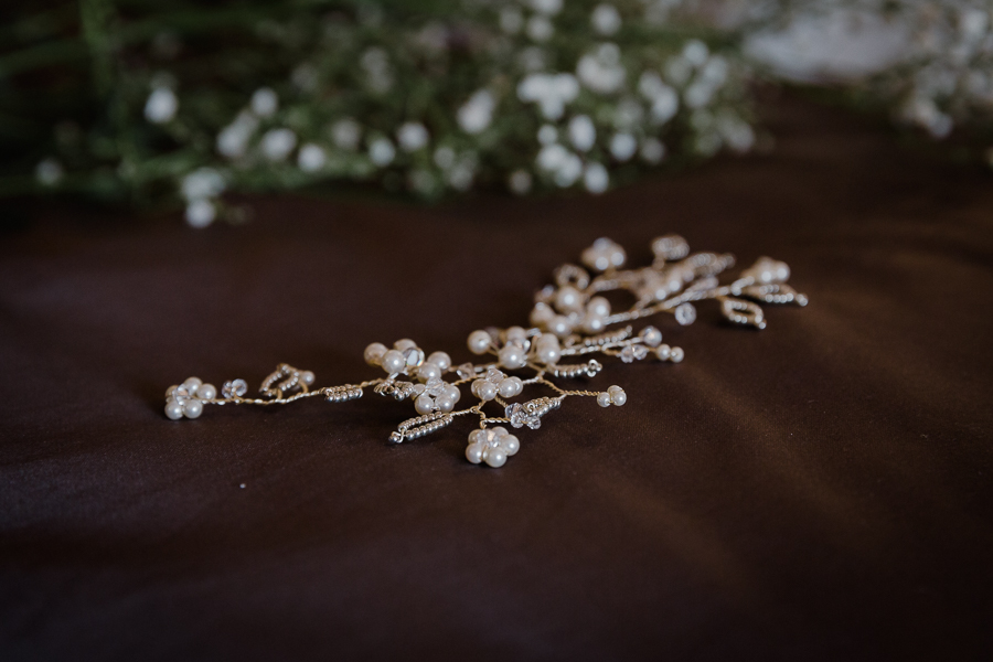 Rustic Trevenna Barns wedding blog with Alexa Poppe Photography (7)