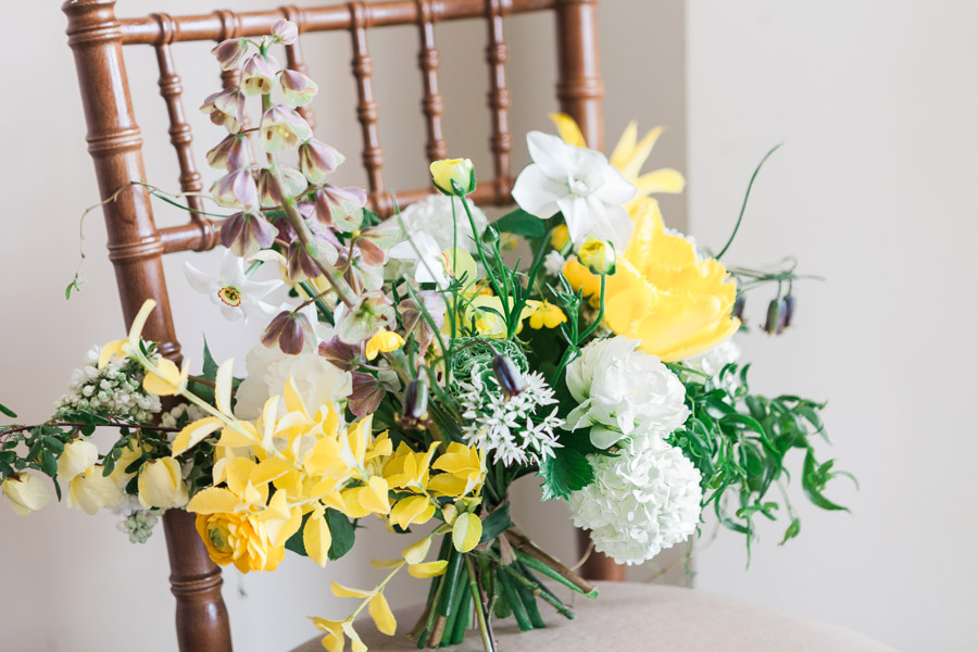 Glorious yellow Bloomologie blooms and styling by Chenai - photo credit Amanda Karen Photography (20)