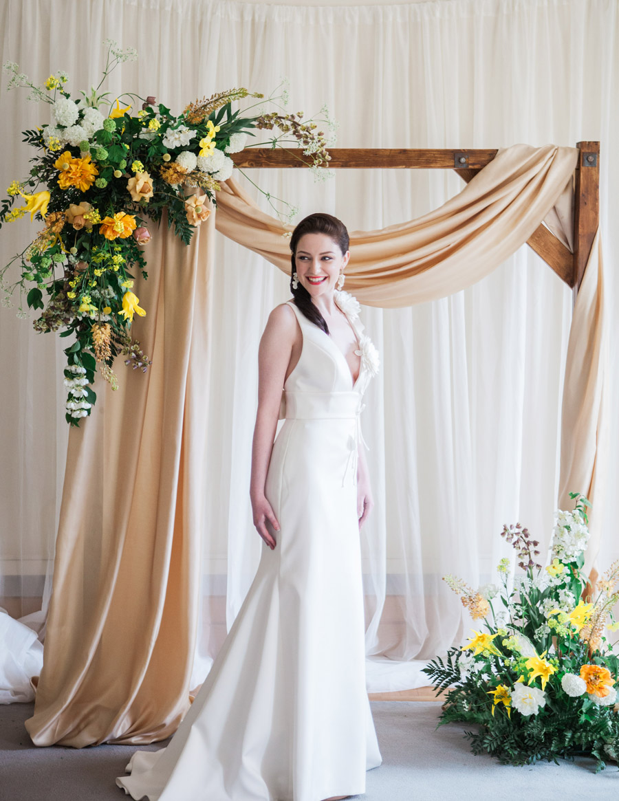 Glorious yellow Bloomologie blooms and styling by Chenai - photo credit Amanda Karen Photography (26)