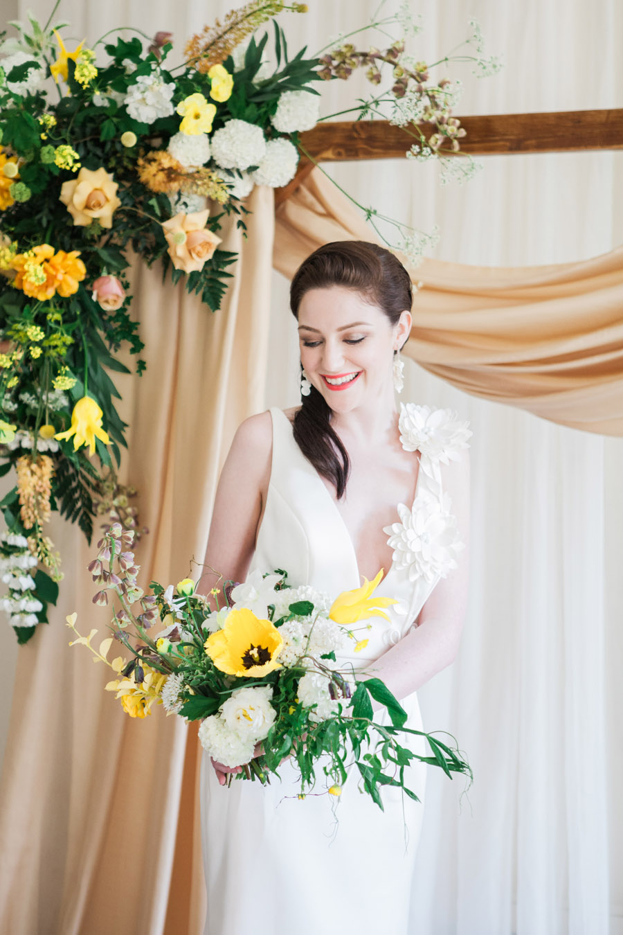 Glorious yellow Bloomologie blooms and styling by Chenai - photo credit Amanda Karen Photography (27)