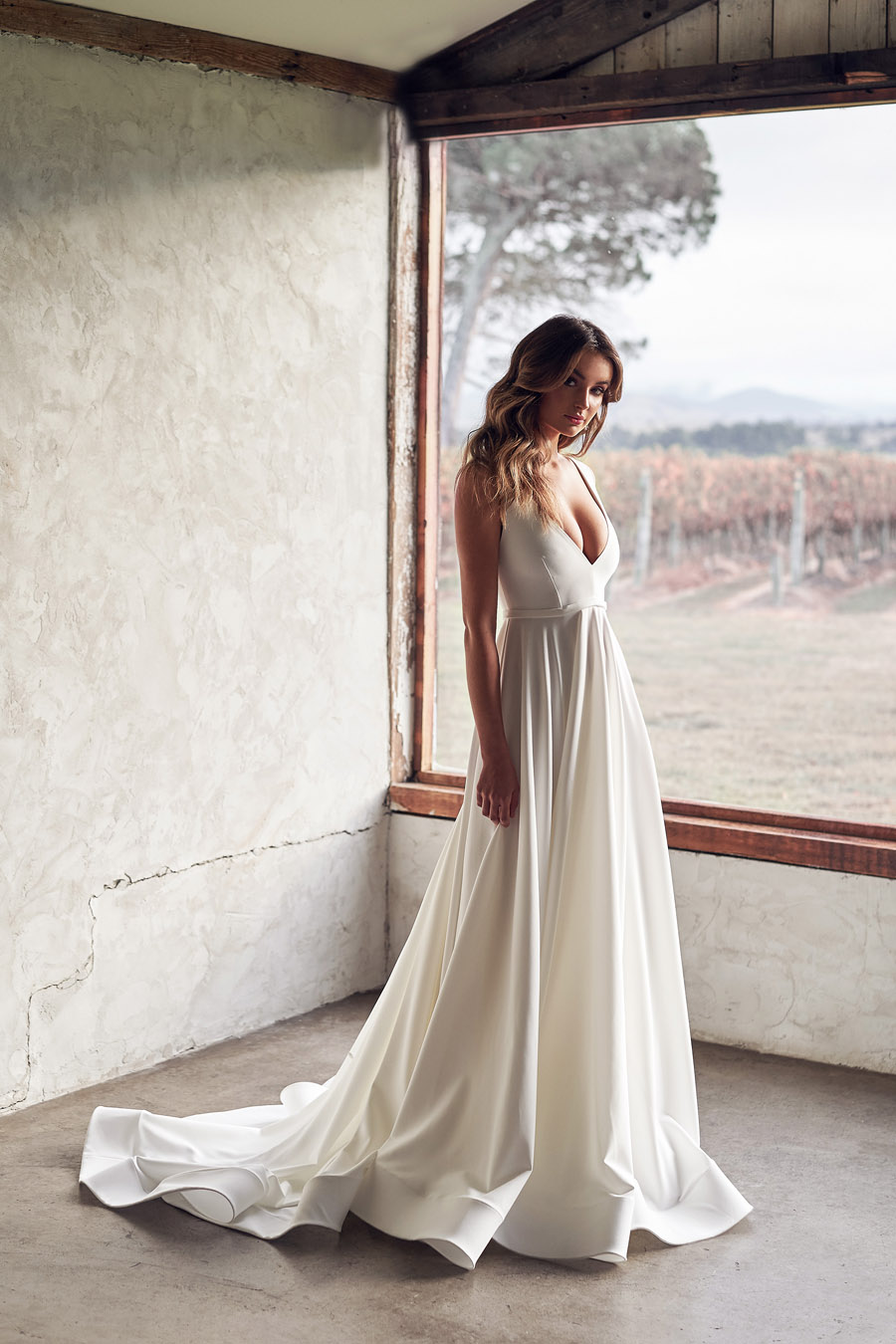 Anna Campbell Lumière Collection English-Wedding.com (11)