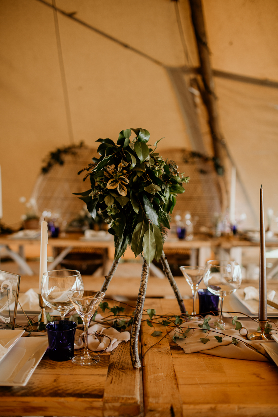 Tipi wedding alternative bridal, photography by Elena Popa (18)