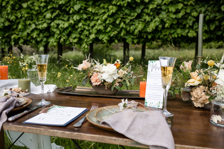 Boho luxe wedding style with soft orange and muted tones at Chippenham, image credit Heather Jackson Photography (2)