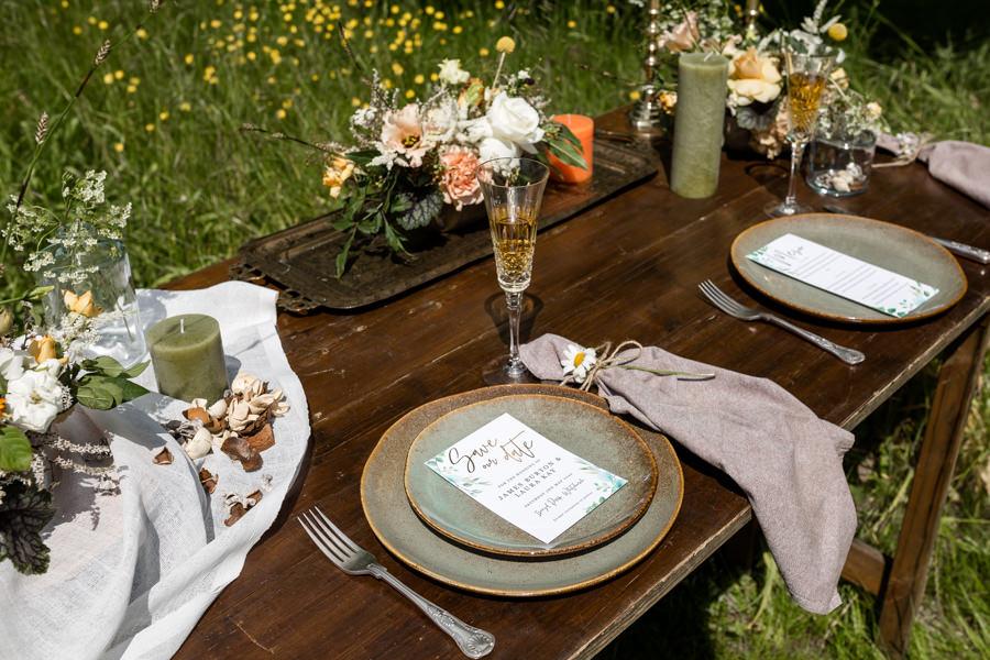 Boho luxe wedding style with soft orange and muted tones at Chippenham, image credit Heather Jackson Photography (5)