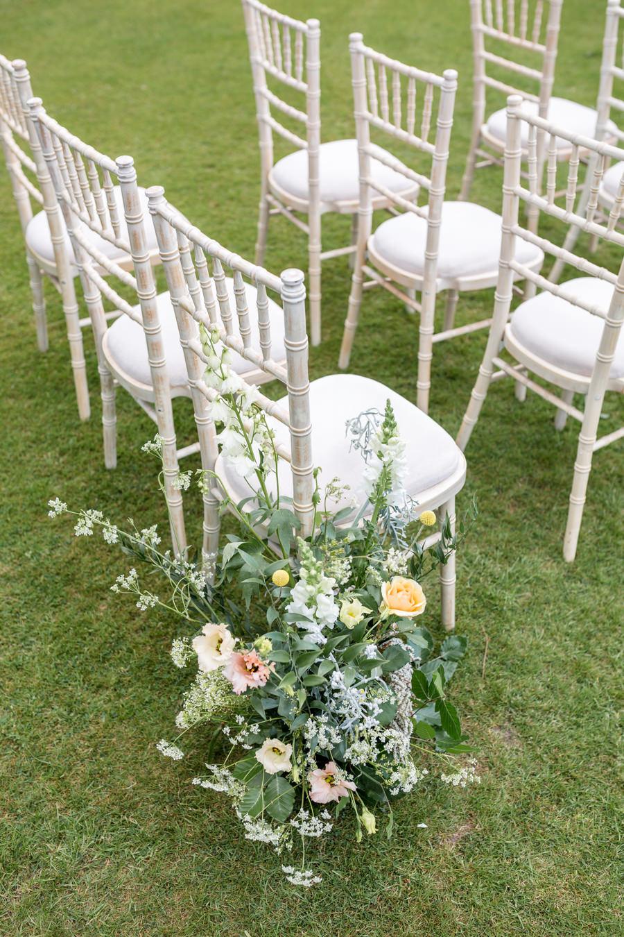 Boho luxe wedding style with soft orange and muted tones at Chippenham, image credit Heather Jackson Photography (7)