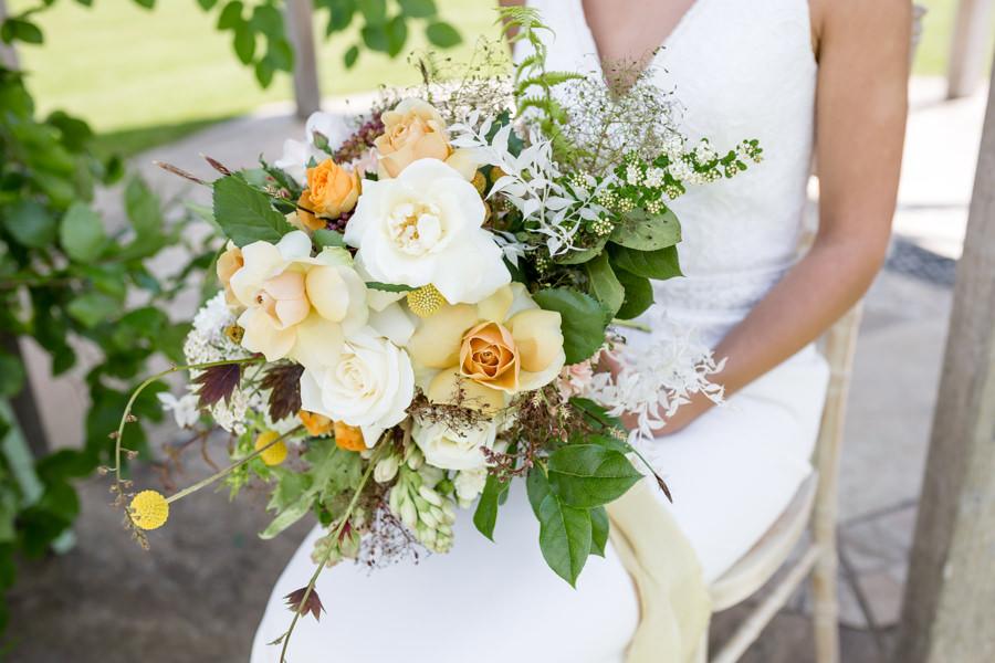 Boho luxe wedding style with soft orange and muted tones at Chippenham, image credit Heather Jackson Photography (18)