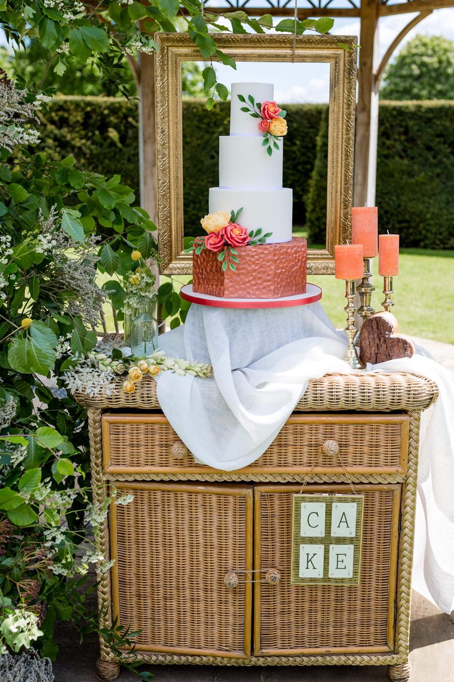 Boho luxe wedding style with soft orange and muted tones at Chippenham, image credit Heather Jackson Photography (22)