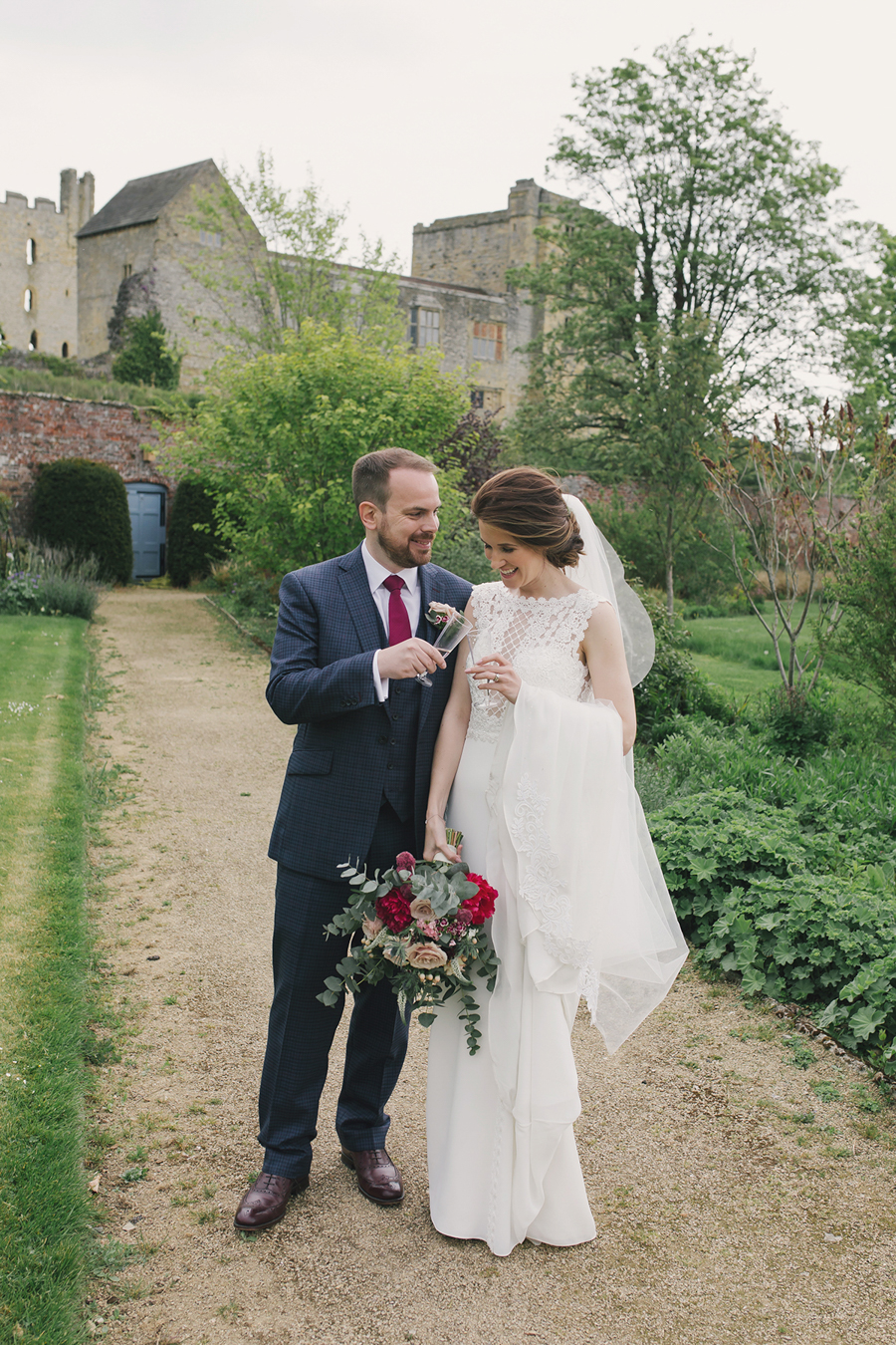 A beautiful quintessentially English wedding in Helmsley with images by Lissa Alexandra Photography (24)