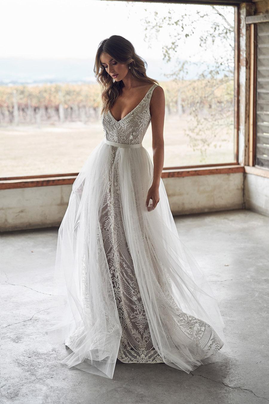 Anna Campbell Lumière Collection English-Wedding.com (35)
