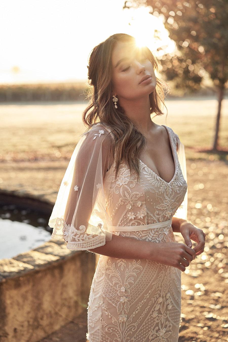 Anna Campbell Lumière Collection English-Wedding.com (37)