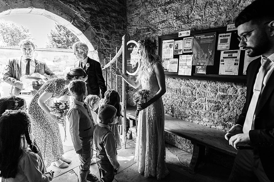 Matt and Rosanna's yurt wedding in Dorset with Linus Moran Photography (19)