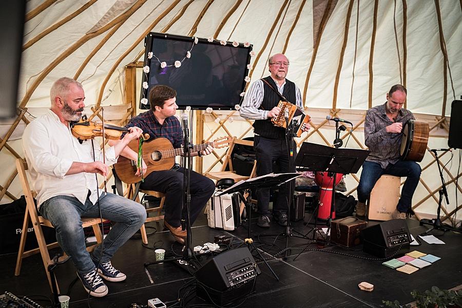Matt and Rosanna's yurt wedding in Dorset with Linus Moran Photography (55)