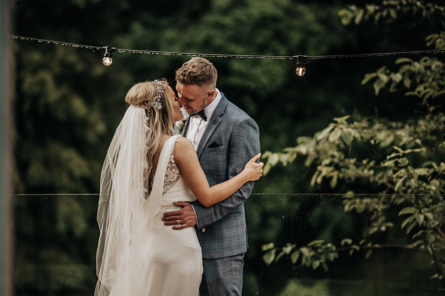 Laura & Dan's beautifully elegant wedding at Mill Barns Alveley, image credit Stott Weddings (34)