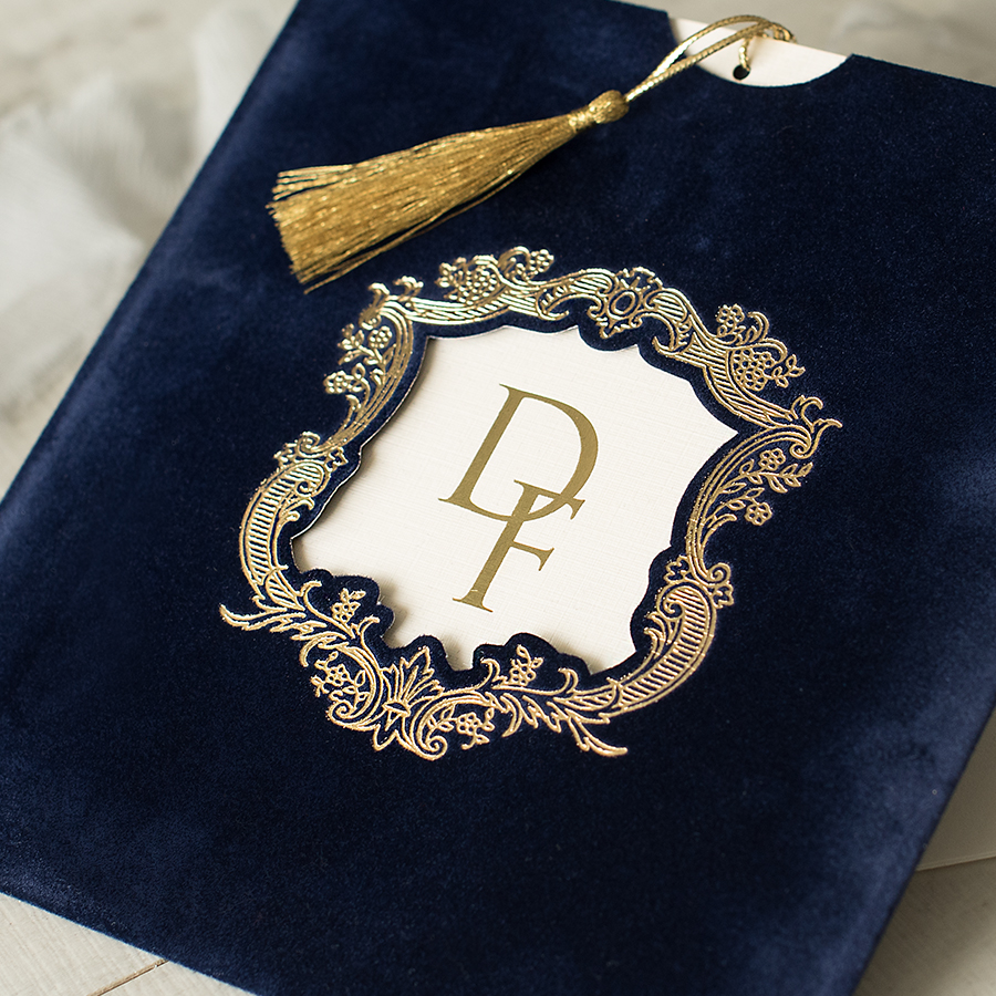 luxuy wedding invitations by Polina Perri on the English Wedding Blog (2)