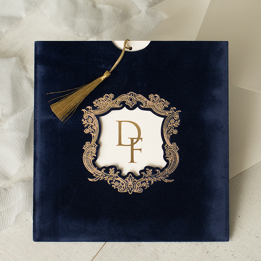 luxuy wedding invitations by Polina Perri on the English Wedding Blog (1)