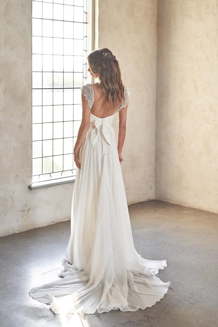 Anna Campbell Lumière Collection English-Wedding.com (47)