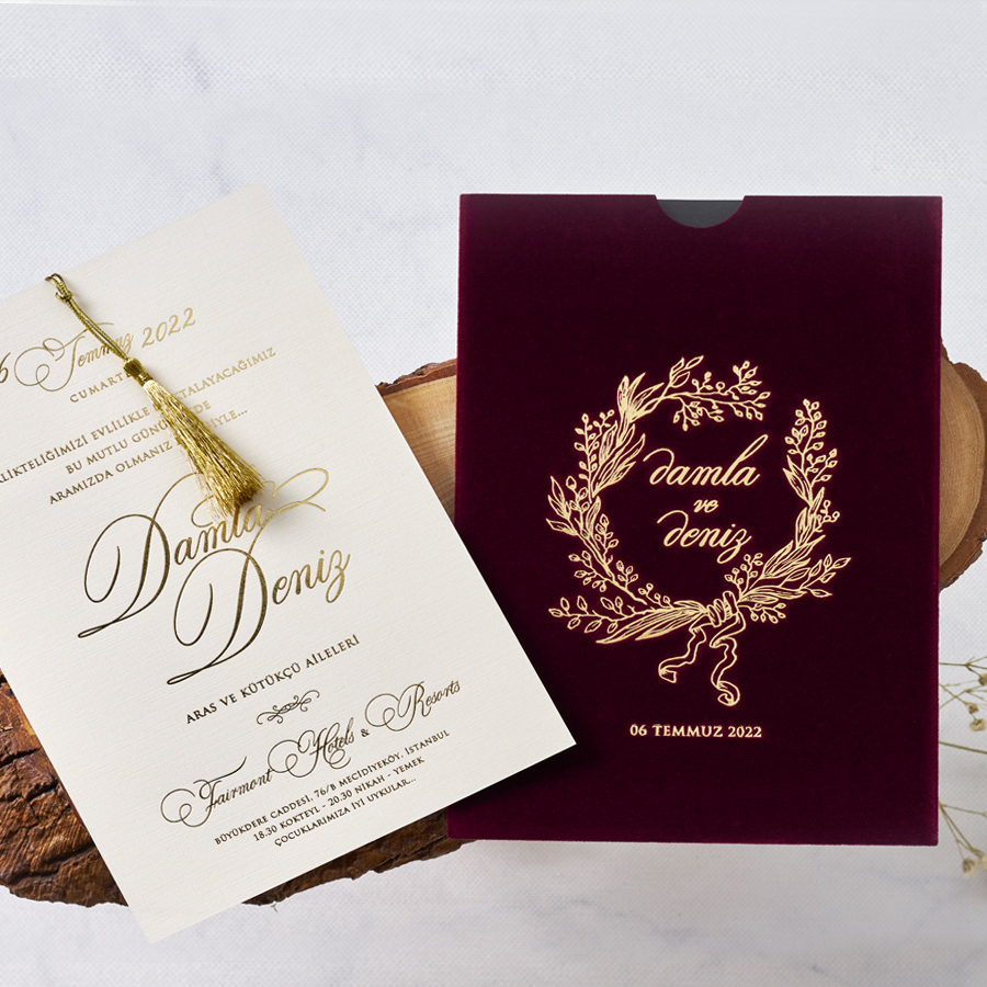 luxuy wedding invitations by Polina Perri on the English Wedding Blog (4)