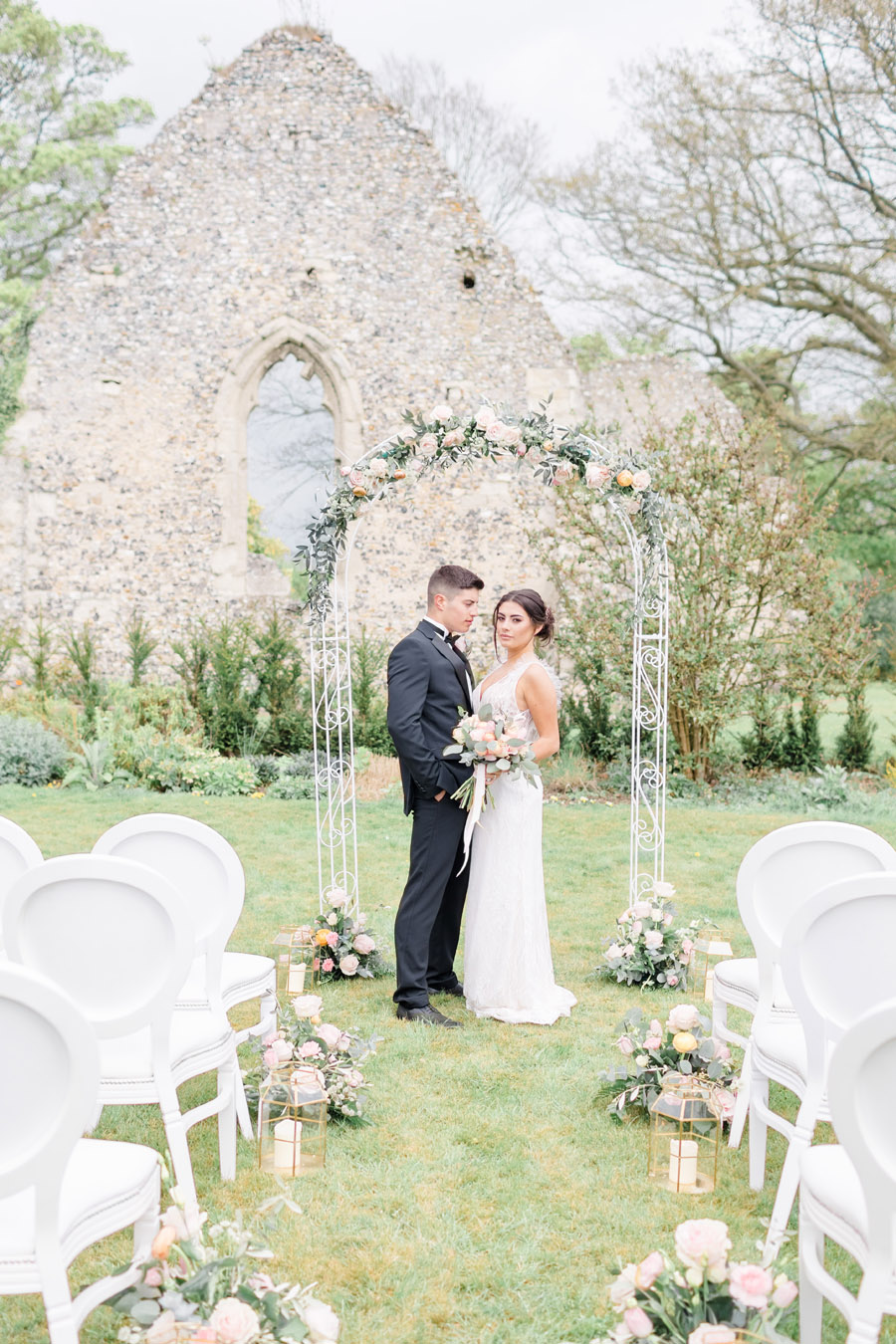 Romantic ethereal wedding styling ideas with Natalie Stevenson Photography (21)