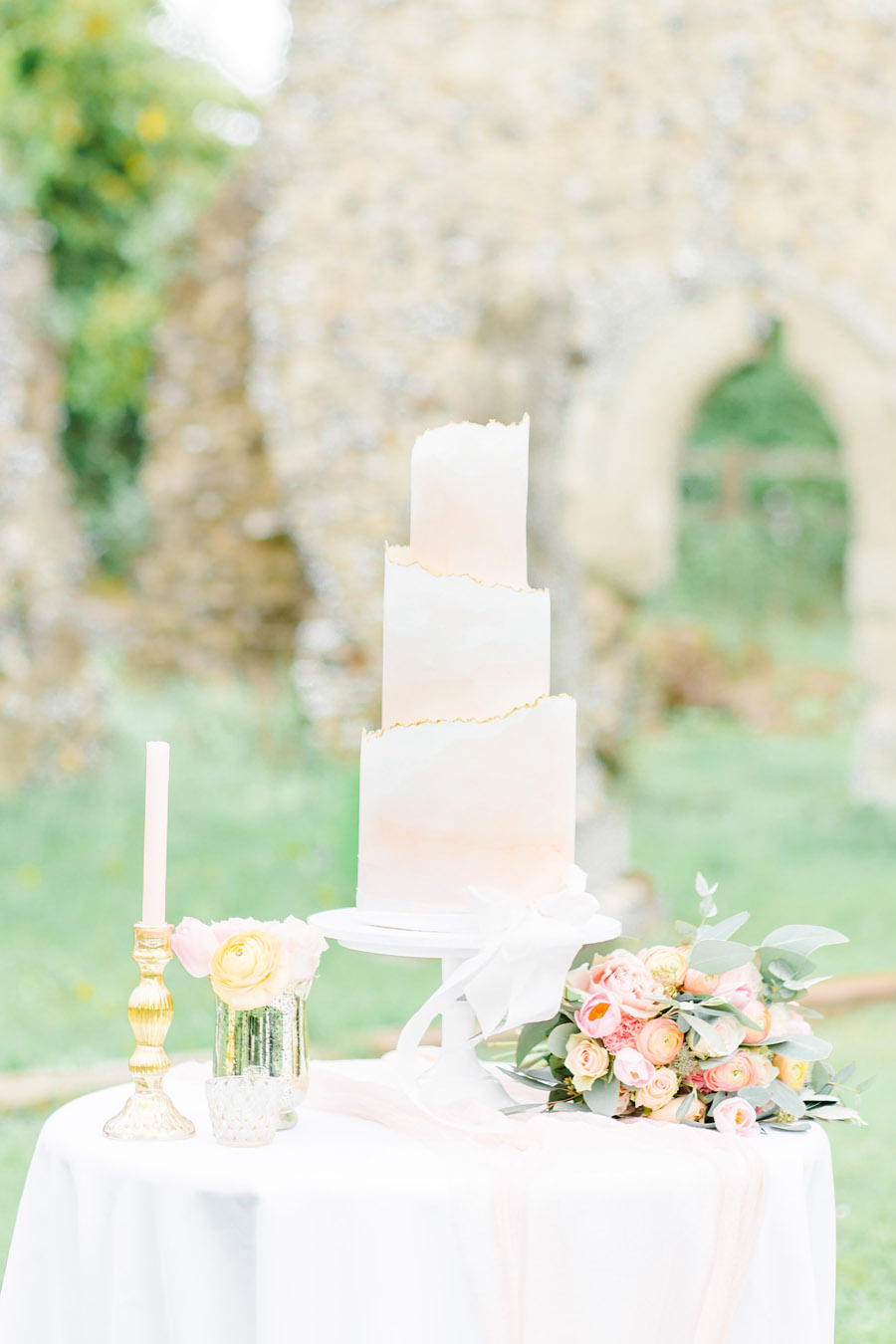 Romantic ethereal wedding styling ideas with Natalie Stevenson Photography (30)