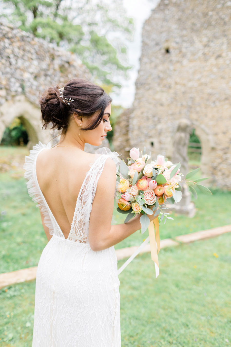 Romantic ethereal wedding styling ideas with Natalie Stevenson Photography (5)