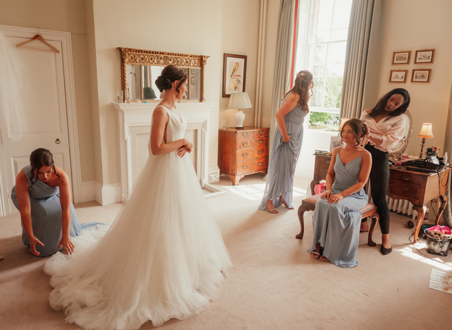 Timeless and elegant Ardington wedding with Benjamin Wetherall Photography (6)