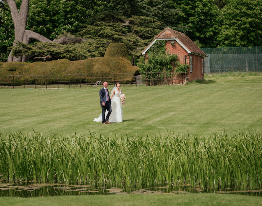 Timeless and elegant Ardington wedding with Benjamin Wetherall Photography (8)