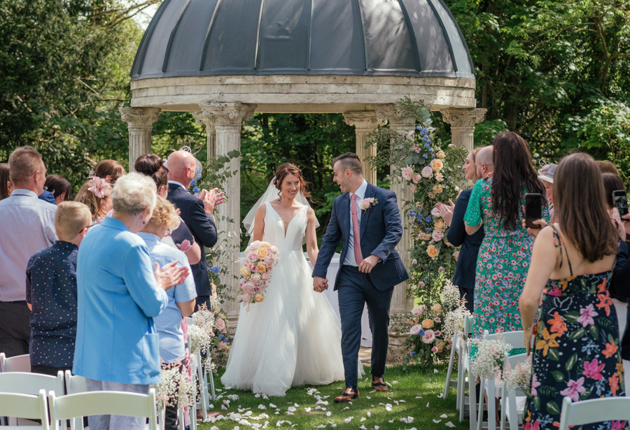 Timeless and elegant Ardington wedding with Benjamin Wetherall Photography (14)