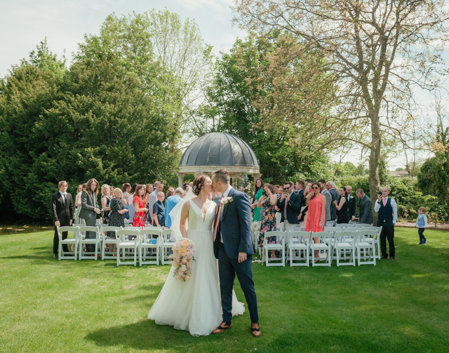Timeless and elegant Ardington wedding with Benjamin Wetherall Photography (15)