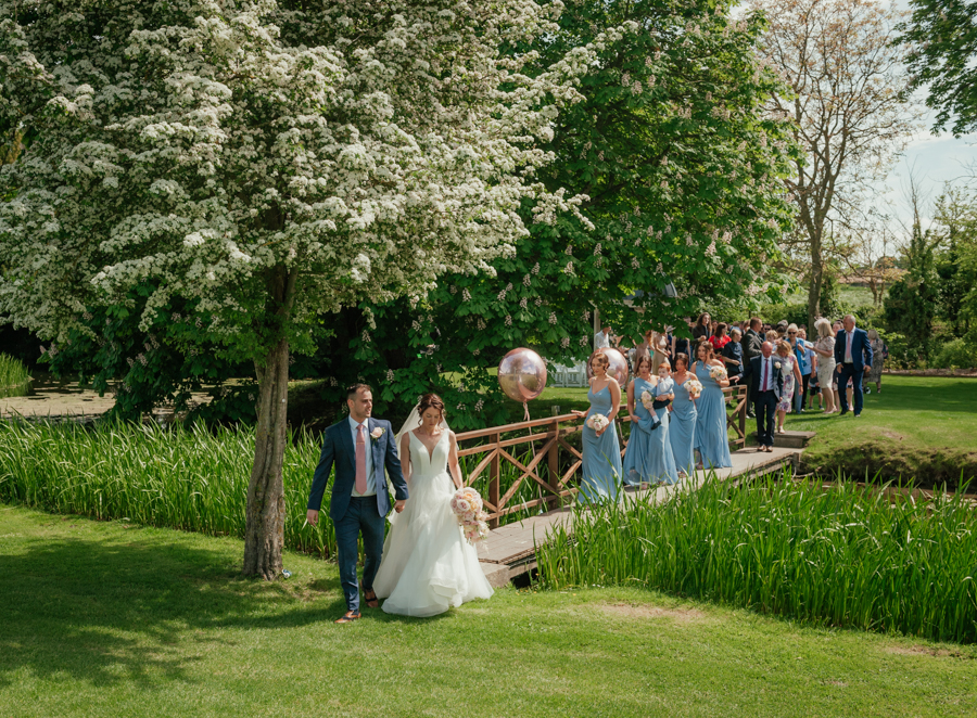 Timeless and elegant Ardington wedding with Benjamin Wetherall Photography (16)