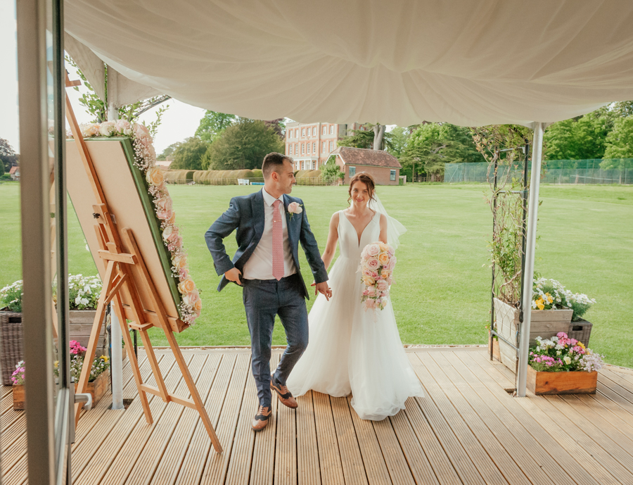 Timeless and elegant Ardington wedding with Benjamin Wetherall Photography (28)