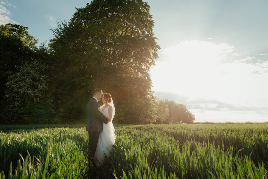 Timeless and elegant Ardington wedding with Benjamin Wetherall Photography (34)