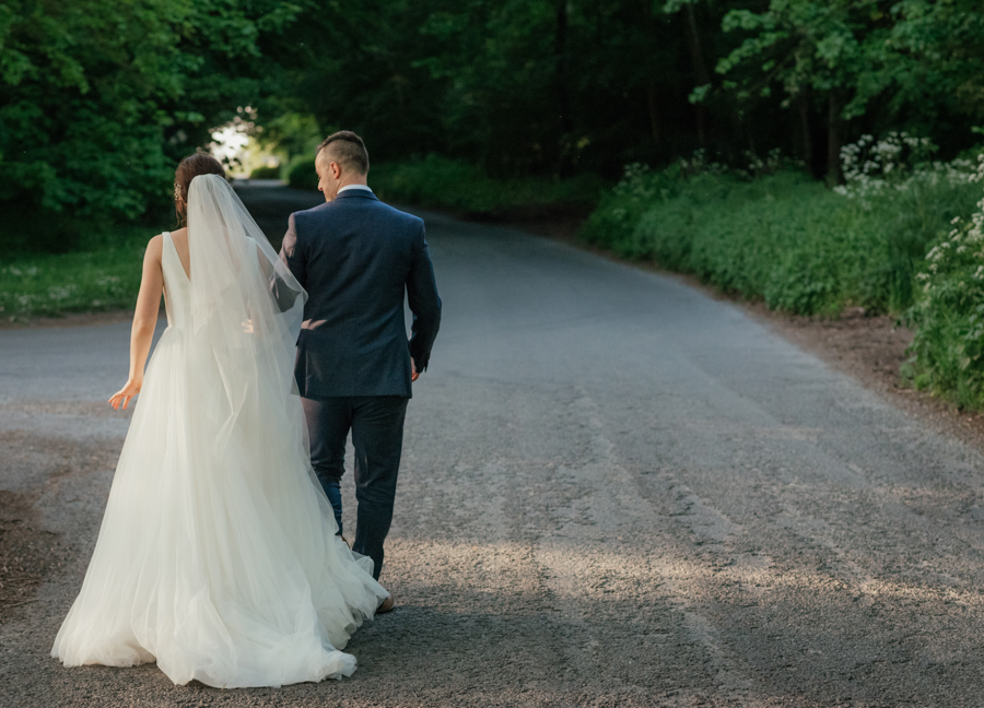 Timeless and elegant Ardington wedding with Benjamin Wetherall Photography (35)