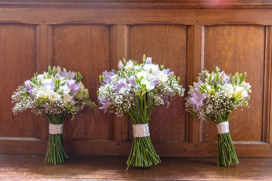 Relaxed English garden wedding at Woodhall Manor, with Ayshea Goldberg Photography (8)