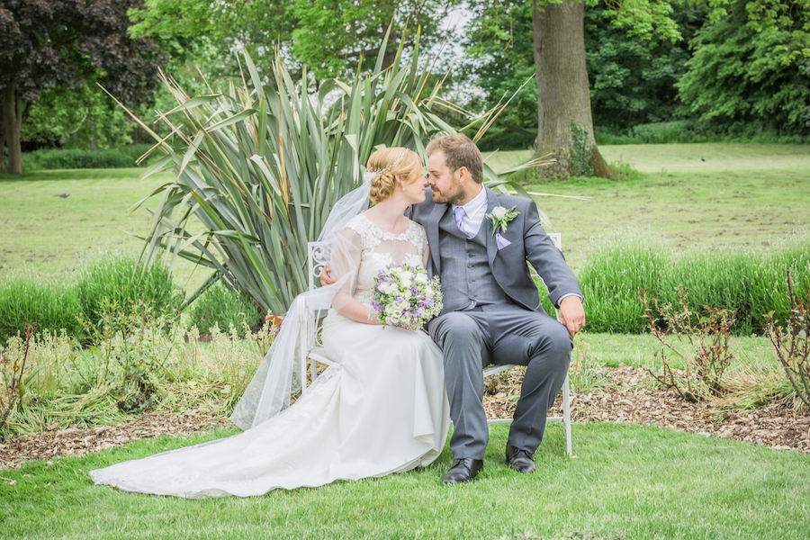 Relaxed English garden wedding at Woodhall Manor, with Ayshea Goldberg Photography (23)