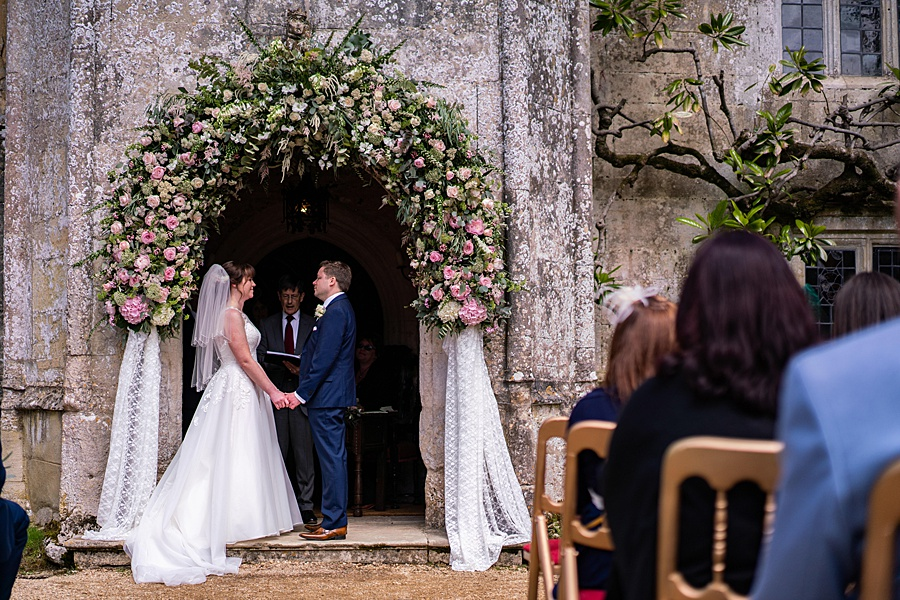 Beautiful Athelhampton House wedding photography with Linus Moran on the English Wedding Blog (17)