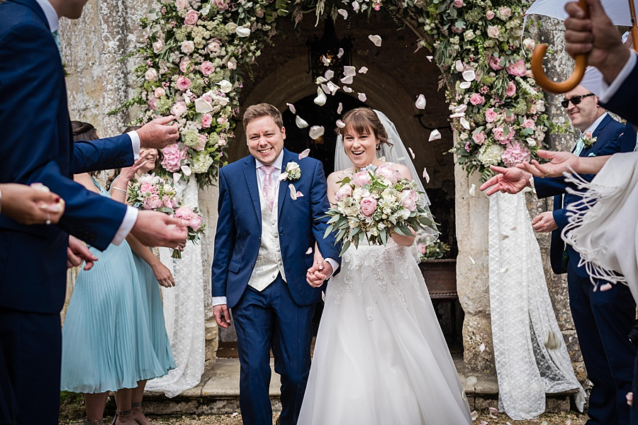 Beautiful Athelhampton House wedding photography with Linus Moran on the English Wedding Blog (18)