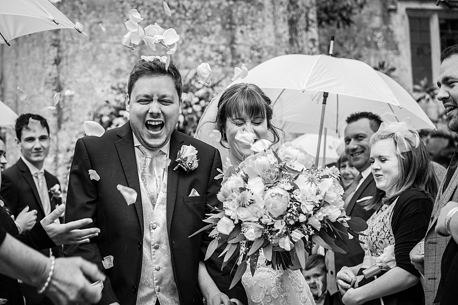 Beautiful Athelhampton House wedding photography with Linus Moran on the English Wedding Blog (19)