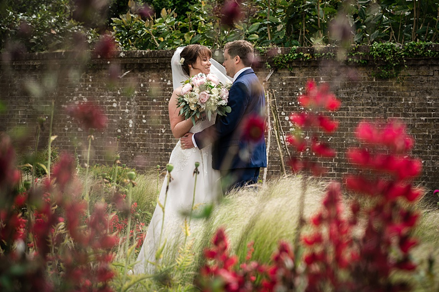 Beautiful Athelhampton House wedding photography with Linus Moran on the English Wedding Blog (25)