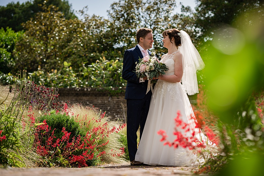 Beautiful Athelhampton House wedding photography with Linus Moran on the English Wedding Blog (31)