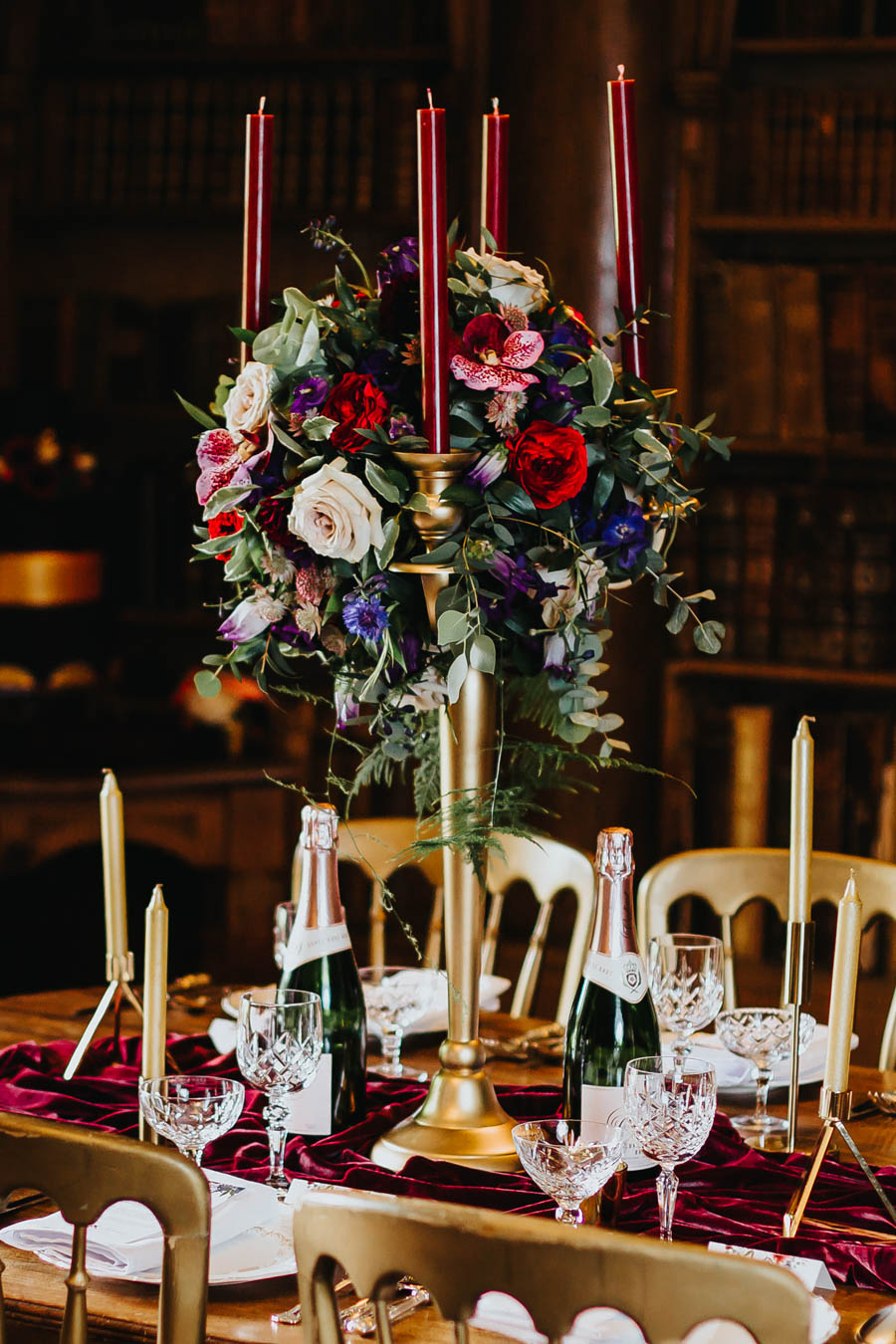 Dramatic and alternative wedding ideas on English-Wedding.com with Danny Inwood Photography (6)
