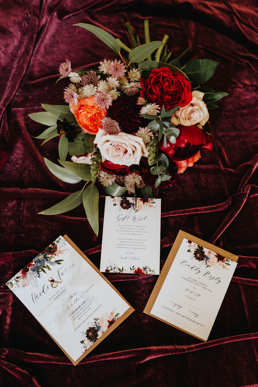 Dramatic and alternative wedding ideas on English-Wedding.com with Danny Inwood Photography (2)
