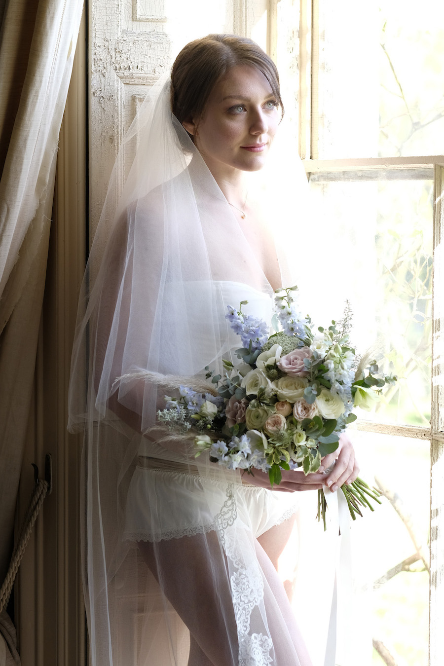 Bridal boudoir ideas for 2020 with Valentine Studio styled by Emily Andrew Events (20)