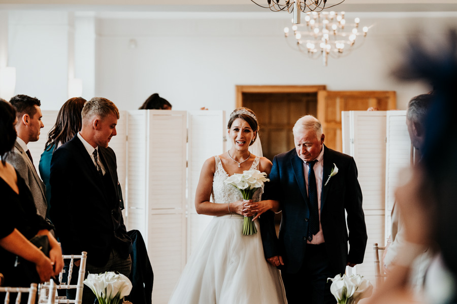 Charlotte and Dexter's minimal and elegant Coombe Lodge wedding, image credit Ryan Goold Photography (16)