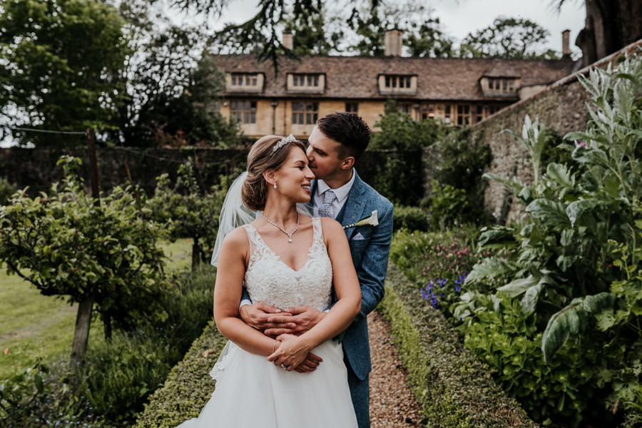 Charlotte and Dexter's minimal and elegant Coombe Lodge wedding, image credit Ryan Goold Photography (34)